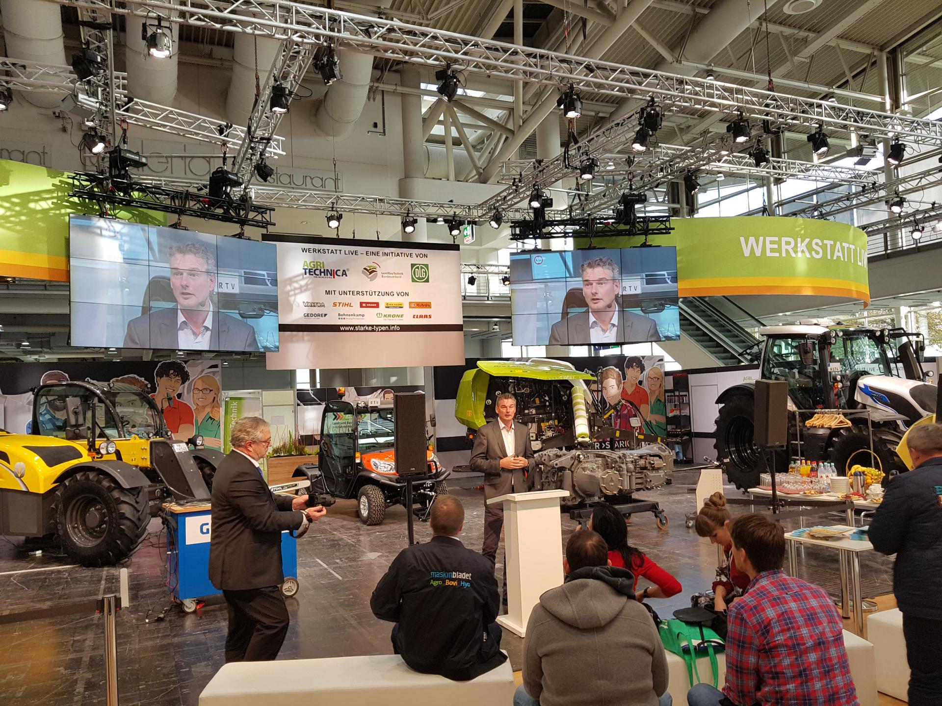 Erik_bij_persconferentie_Agritechnica_2019.jpg